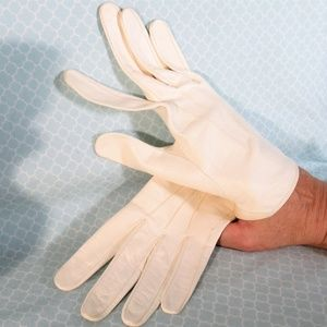 Vintage Winter White Kid Leather Gloves